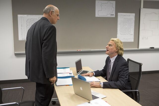 File:4x02 - George Bluth and Stan Sitwell 01.jpg