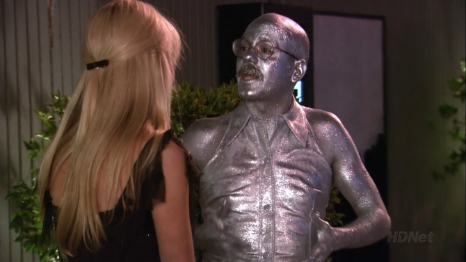 2x02 The One Where They Build a House (127)