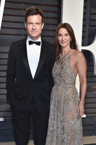 File:2017 Academy Awards Vanity Fair - Jason and Amanda 01.jpg