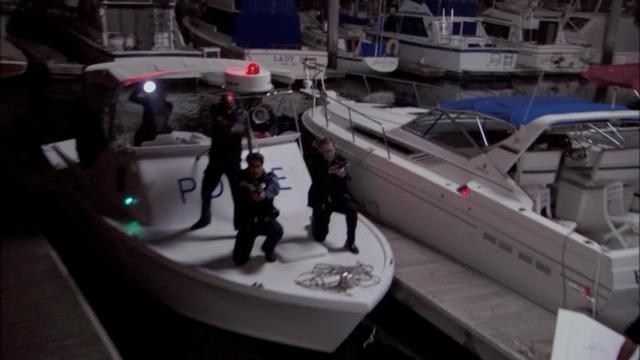 File:1x10 Pier Pressure (54).png