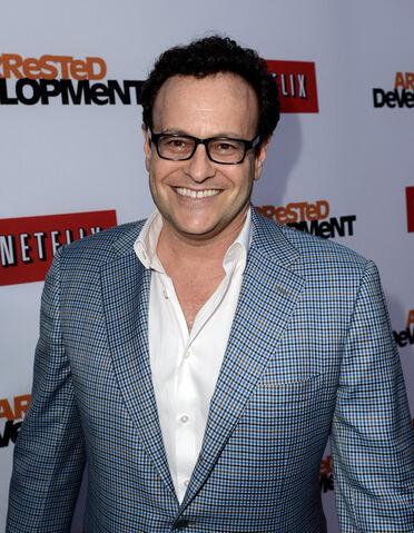 File:2013 Netflix S4 Premiere - Mitch 1.jpg