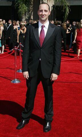 File:2006 Primetime Emmy Awards - Tony Hale 02.jpg