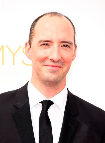 File:2014 Primetime Emmy Awards - Tony Hale 01.jpg