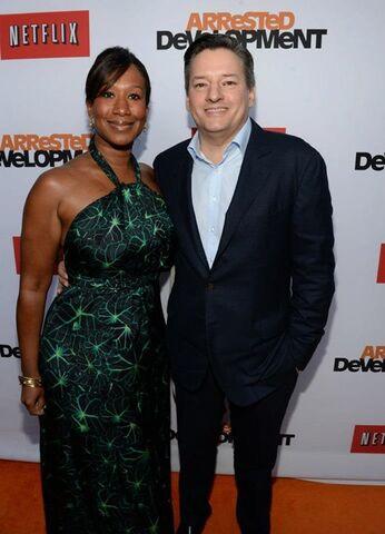 File:2013 Netflix S4 Premiere - Ted and Nicole 01.jpg