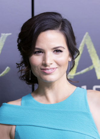 Archivo:Katrina Law.png