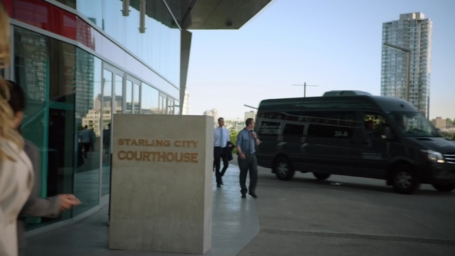 File:Starling City Courthouse.png