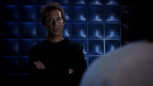File:Eobard tells Cisco about his powers.png