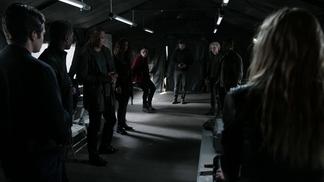 Bestand:Team Arrow.png