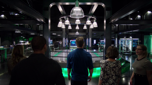 File:Oliver reveals the new Arrowcave to the team.png