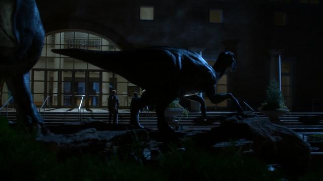 File:Dinosaur sculpture near Fernbank Museum of Natural History.png