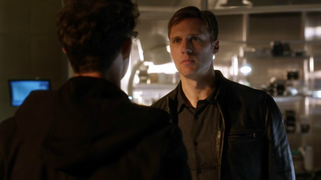 File:Hunter confronts Harry.png