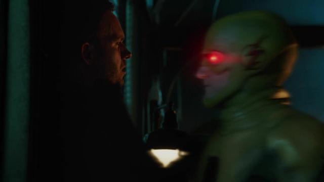 File:Reverse-Flash kills Hourman.png
