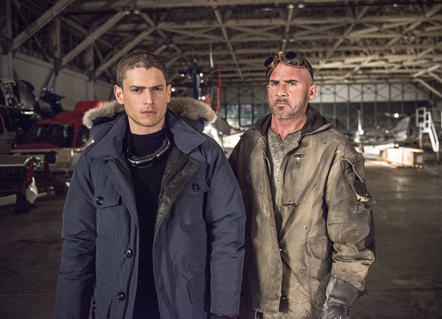 File:Captain Cold and Heat Wave promo 1.png
