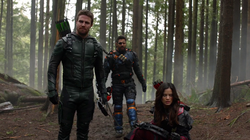 Oliver, Slade and Nyssa tracking Talia.png