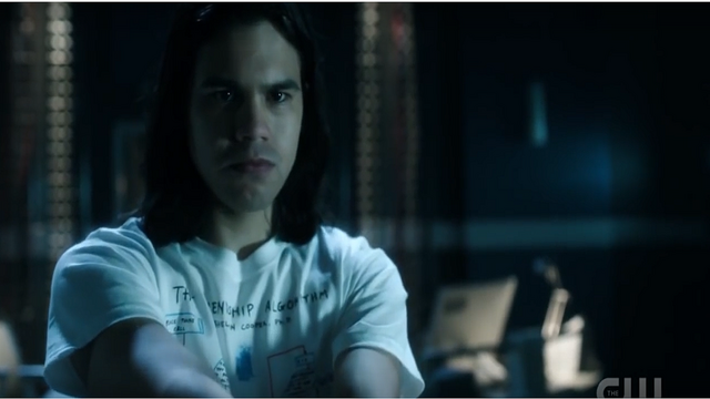File:Cisco after shooting the flash suit.png