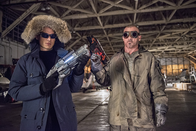 File:Captain Cold and Heat Wave promo 2.png