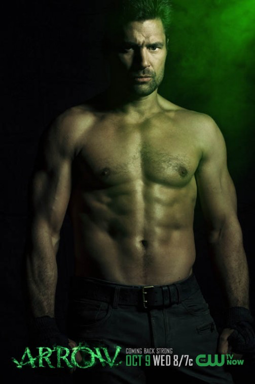 Arquivo:Slade Wilson season 2 shirtless promo.png