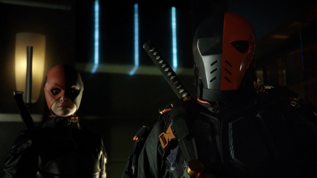 Archivo:Deathstroke and Ravager.png