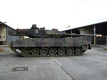 220px-Leo2A6M li