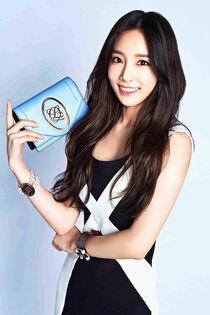 Girls-generation-hyoyeon-jessica-jung-kim-taeyeon-Favim.com-2625955