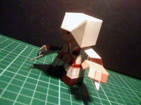 File:Assassins-creed-papercraft-ezio.jpg