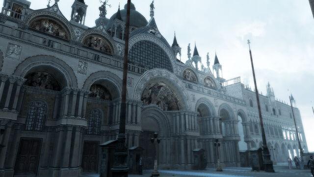 File:Basilica di San Marco main entrance.jpg
