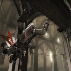 Ezio springt van balk naar balk.