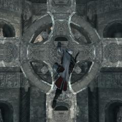 Ezio doorloopt de basiliek.