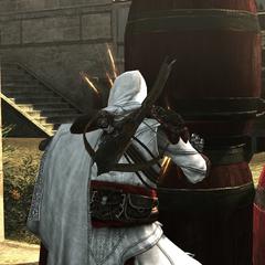 Ezio maakt de explosieven klaar.