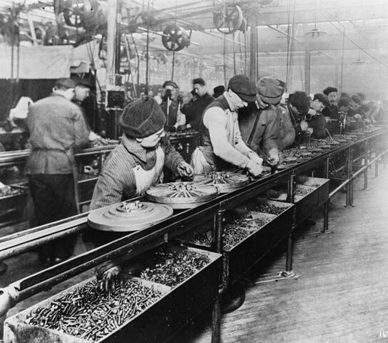 File:Ford assembly line.jpg