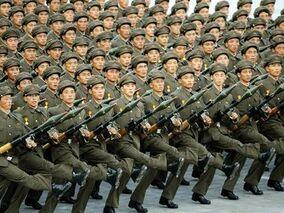 North korea parade-ttyv