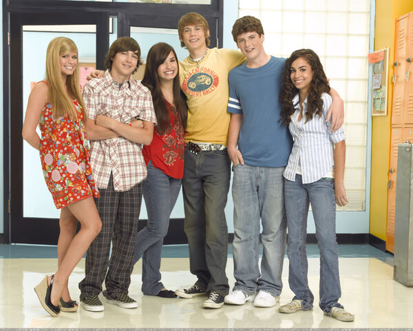 File:As the Bell Rings (United States) Cast (Season 1).jpg