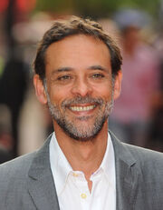 Alexander-Siddig-star-trek-actors-15541999-468-600
