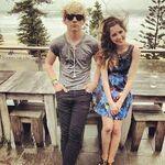 Laura Marano and Ross Lynch9