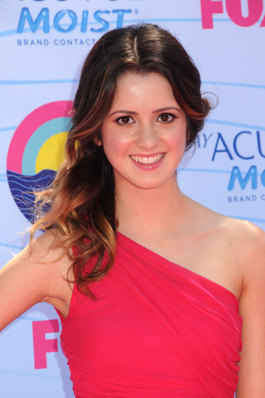 Laura marano wiki austin y ally espa ol fandom powered for Visma arredo marano