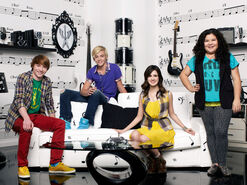 Cast-of-austin-and-ally-1-