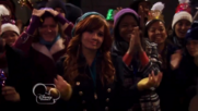 Austin & Jessie & Ally Can You Feel It (23)