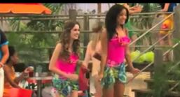 Austin and Ally Beach Clubs and BFF's 21