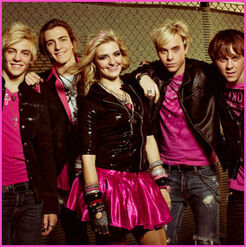 R5 All in Pink