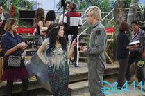Austin-and-ally-april-13-2014-4