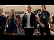 Loud Music Video (3)