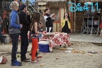 Austin-and-ally-april-13-2014-15
