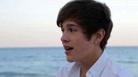 Austin Mahone - Heart in my Hand (Live on the Beach)