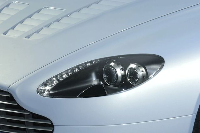 File:Aston Martin V12 Vantage RS 7.jpg