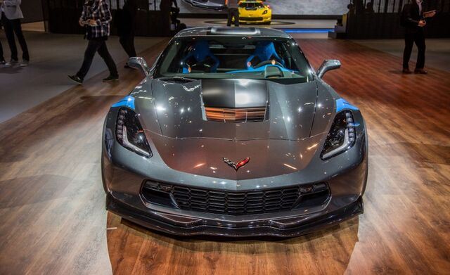 File:2017-Chevrolet-Corvette-Grand-Sport-1014-876x535.jpg