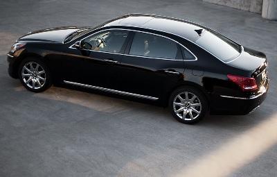 2011-Hyundai-Equus-28small