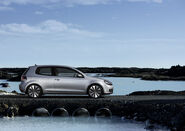 2009-Volkswagen-Golf-2