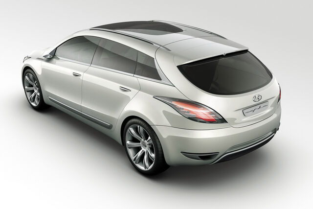 File:Hyundai-Genus-Concept-1.JPG