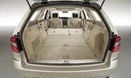 2010-Mercedes-E-Class-Estate-22
