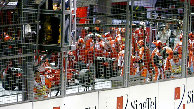 File:2008 Singapore Grand Prix Massa fuel.jpg